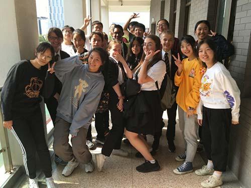 JW Sister School