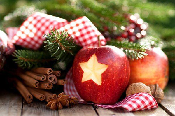 China Christmas Eve Tradition