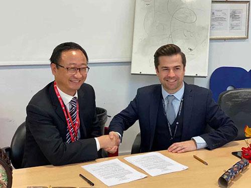 Derby Moor Signing