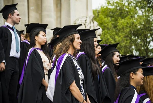Chinese Students Choosing British Universities