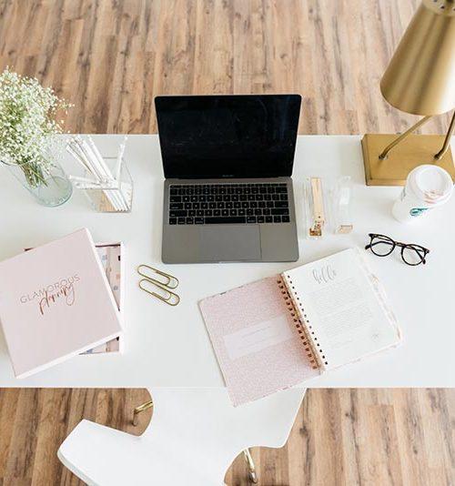 Neat & tidy stylish desk